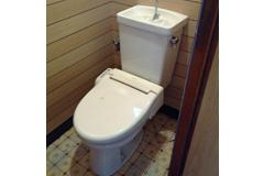 トイレで水漏れ